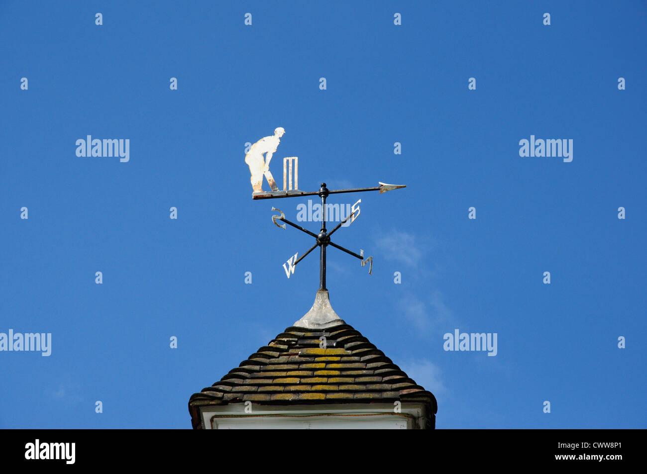 Cricketing weather vane on Hobbs' Pavilion, Parker's Piece, Cambridge, England, UK (Sir Jack Hobbs) - Stock Image