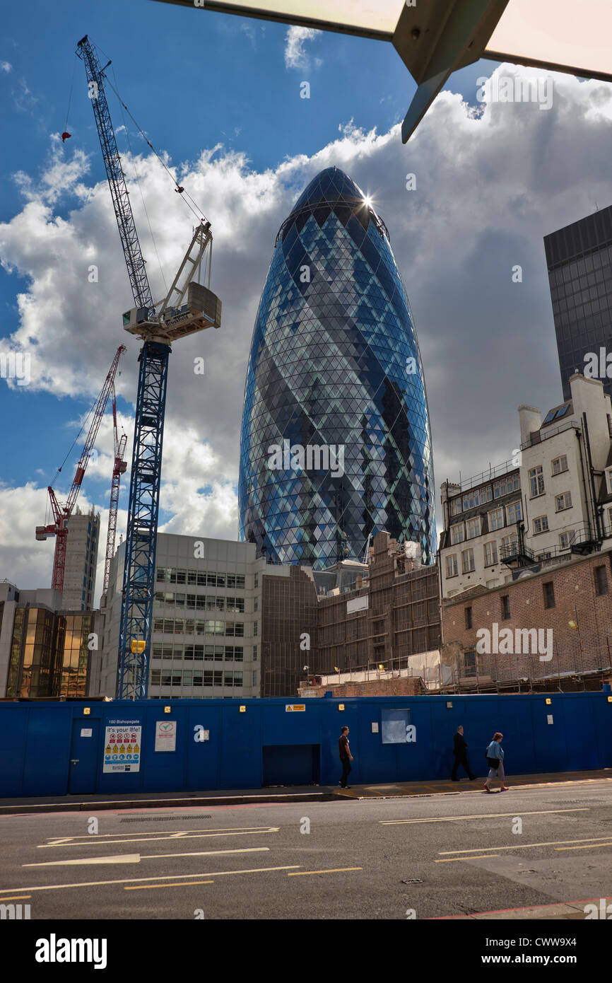 The Gherkin building in the City of London. Architect: Norman Foster - Stock Image