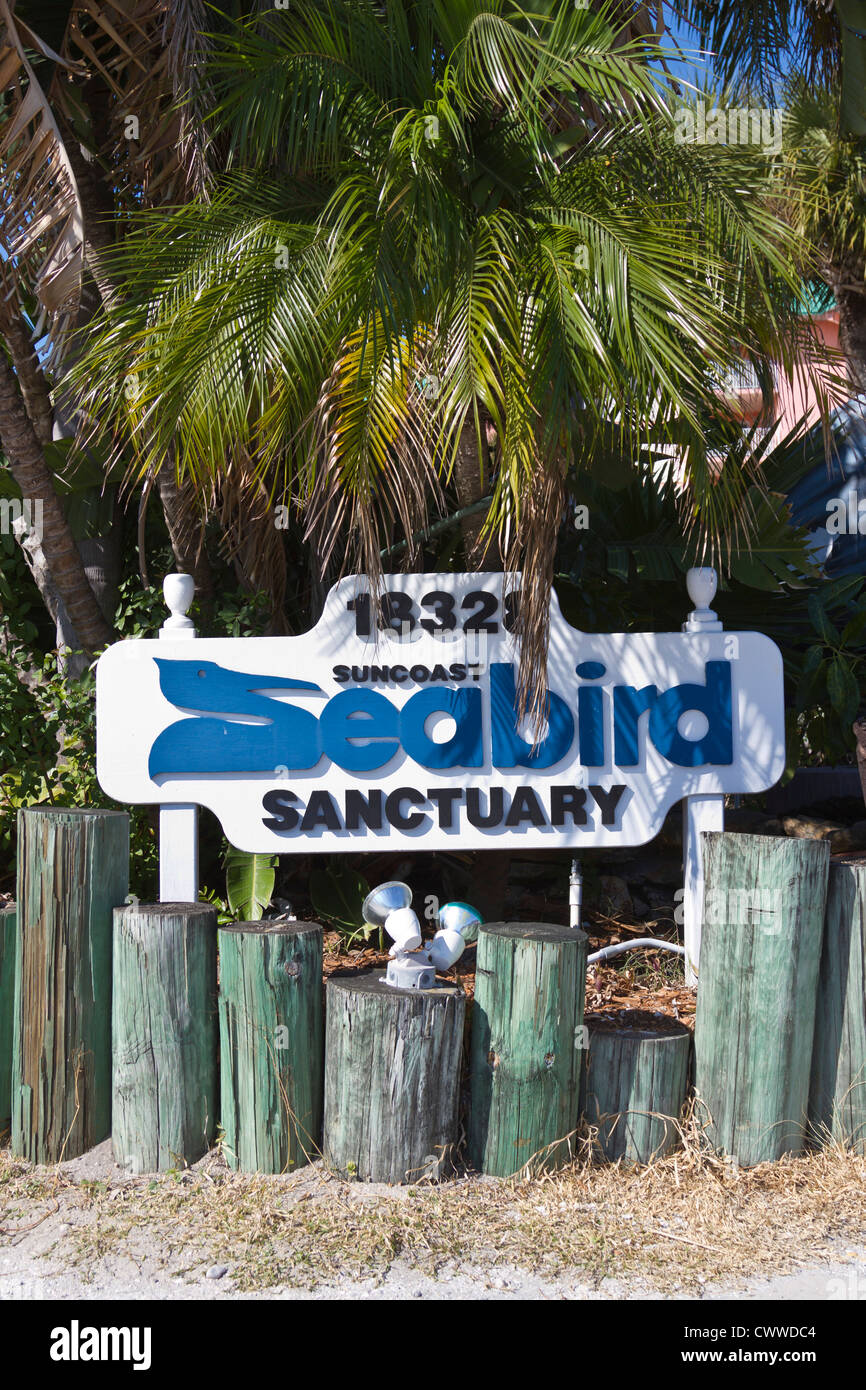 Sign at entrance to the Suncoast Seabird Sanctuary and Avian Hospital in Indian Shores, Florida - Stock Image