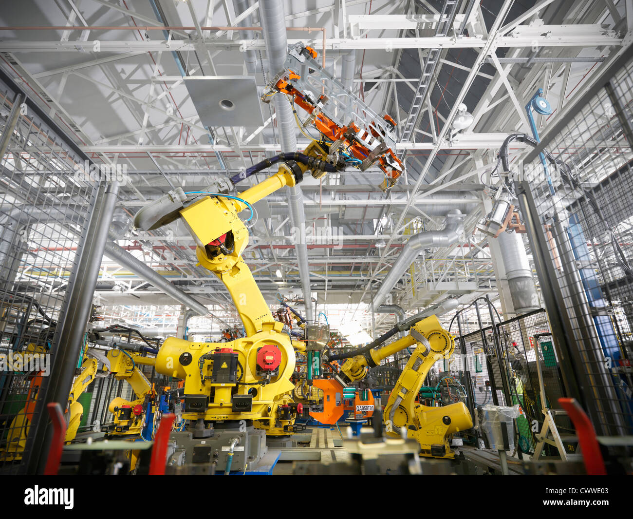 Robots in car factory - Stock Image