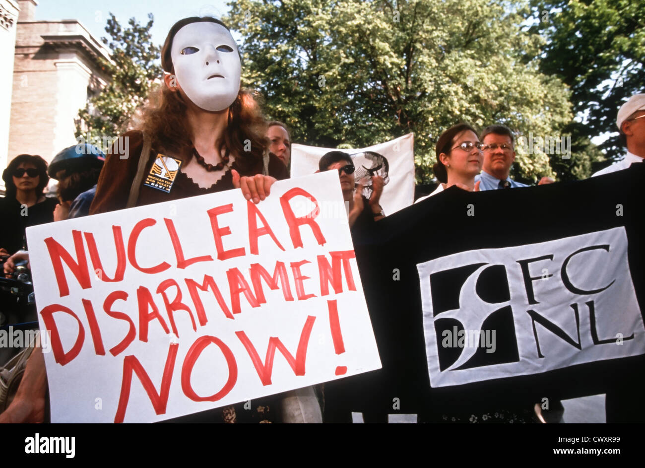Greenpeace protestors rally outside the Embassy of Pakistan May 28, 1998 in Washington, DC. The protesters called - Stock Image