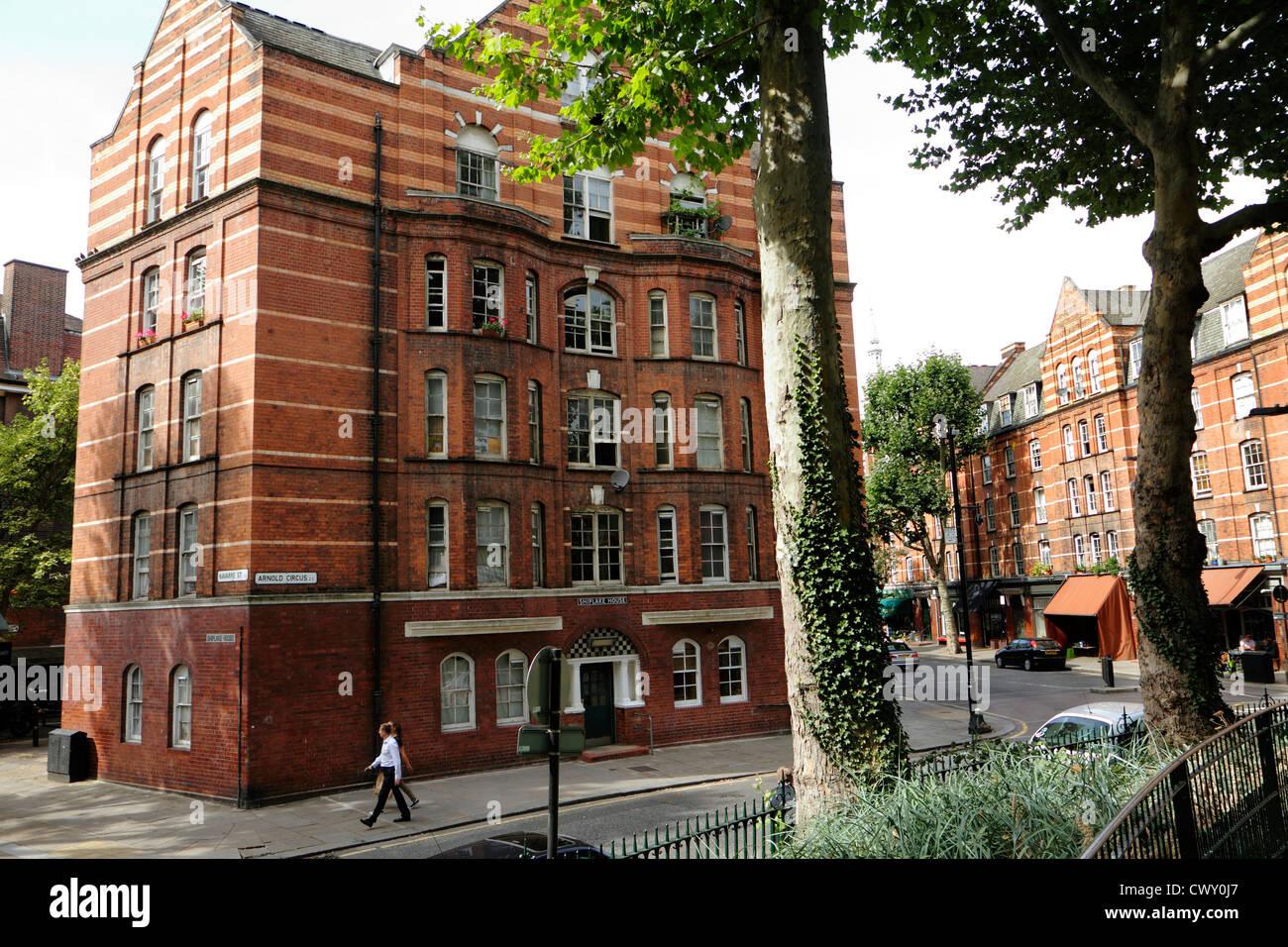 Arnold Circus, Boundary Estate, Bethnal Green, London, UK - Stock Image