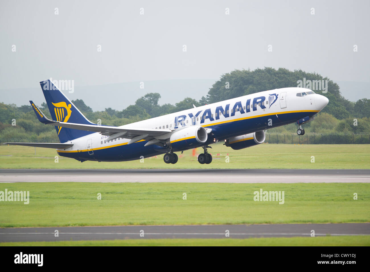 A Ryanair Boeing 737 taking off from Manchester International Airport (Editorial use only) - Stock Image
