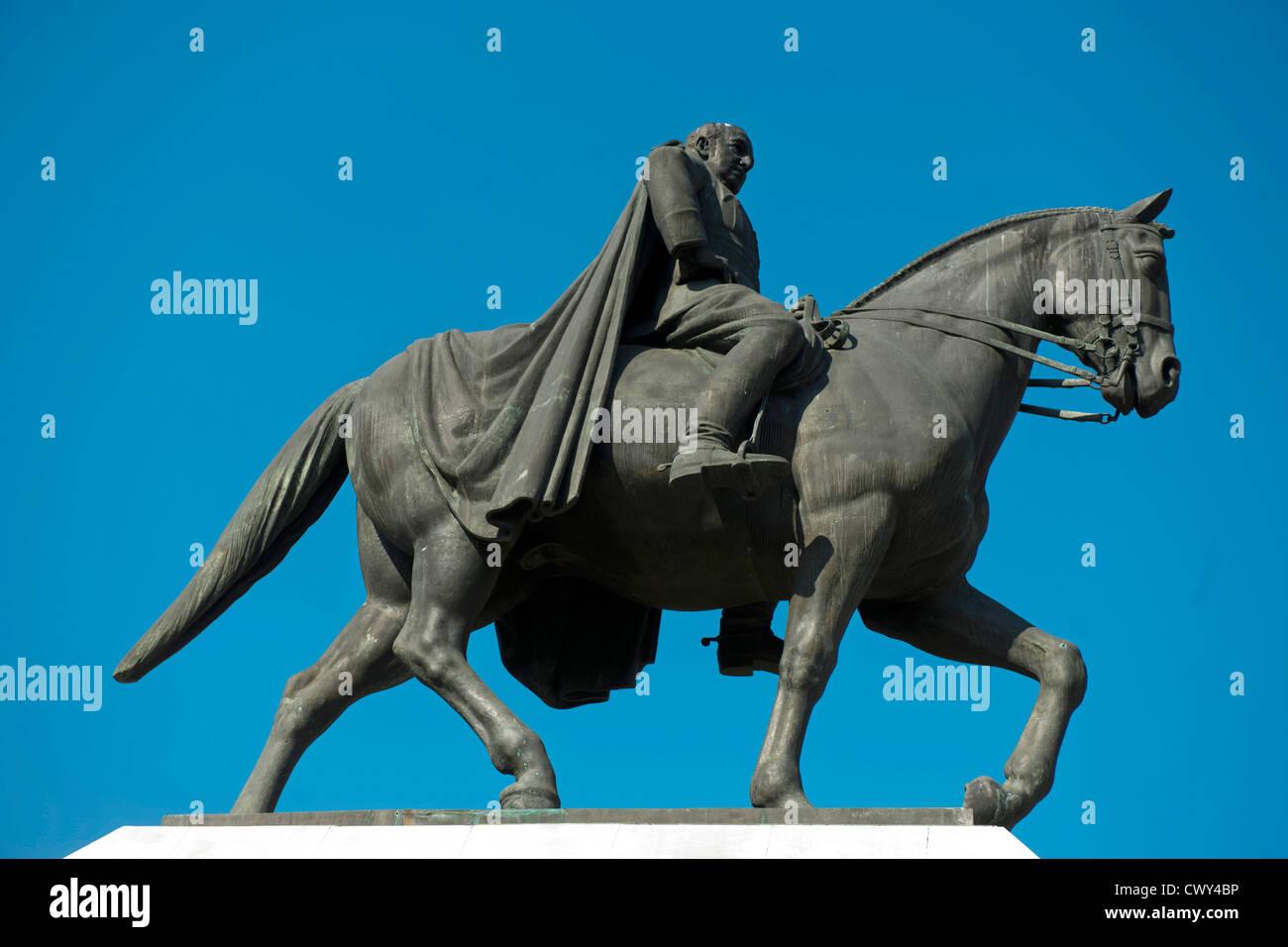 Türkei, Istanbul, Macka, Reiterstandbild von Ismet Inönü - Stock Image