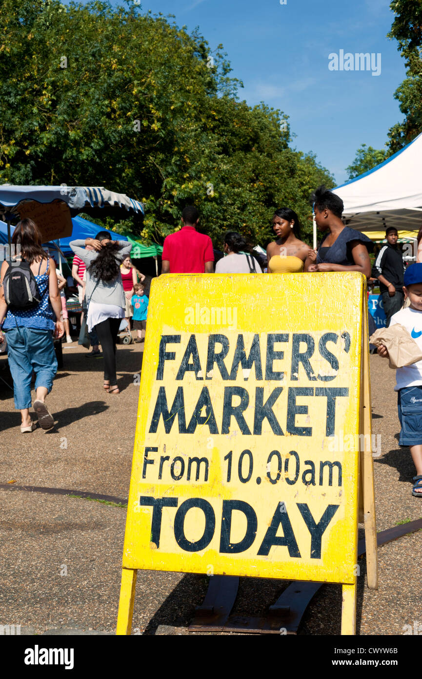 Sunday Farmers' Market Sign - Alexandra Palace park - Muswell Hill - Haringey - London - UK - Stock Image