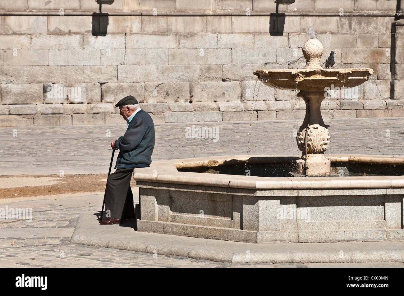 Early morning in the Plaza Conde Barajas, Hapsburg Madrid or Madrid de los Austrias, central Madrid, Spain. - Stock Image