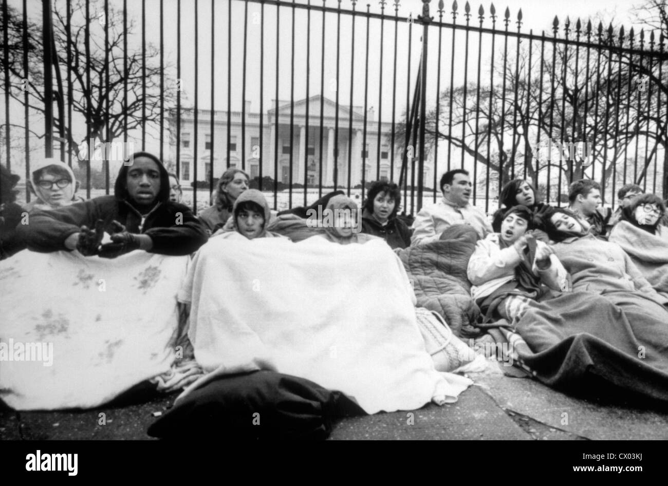 Civil Rights Demonstrators Maintain All-Night Vigil at White House, Washington DC, USA, March 18, 1965 - Stock Image