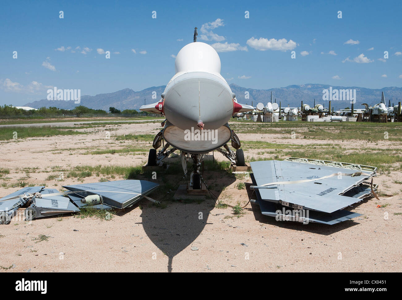 F-16 Fighting Falcon aircraft in storage at the 309th Aerospace Maintenance and Regeneration Group at Davis-Monthan - Stock Image