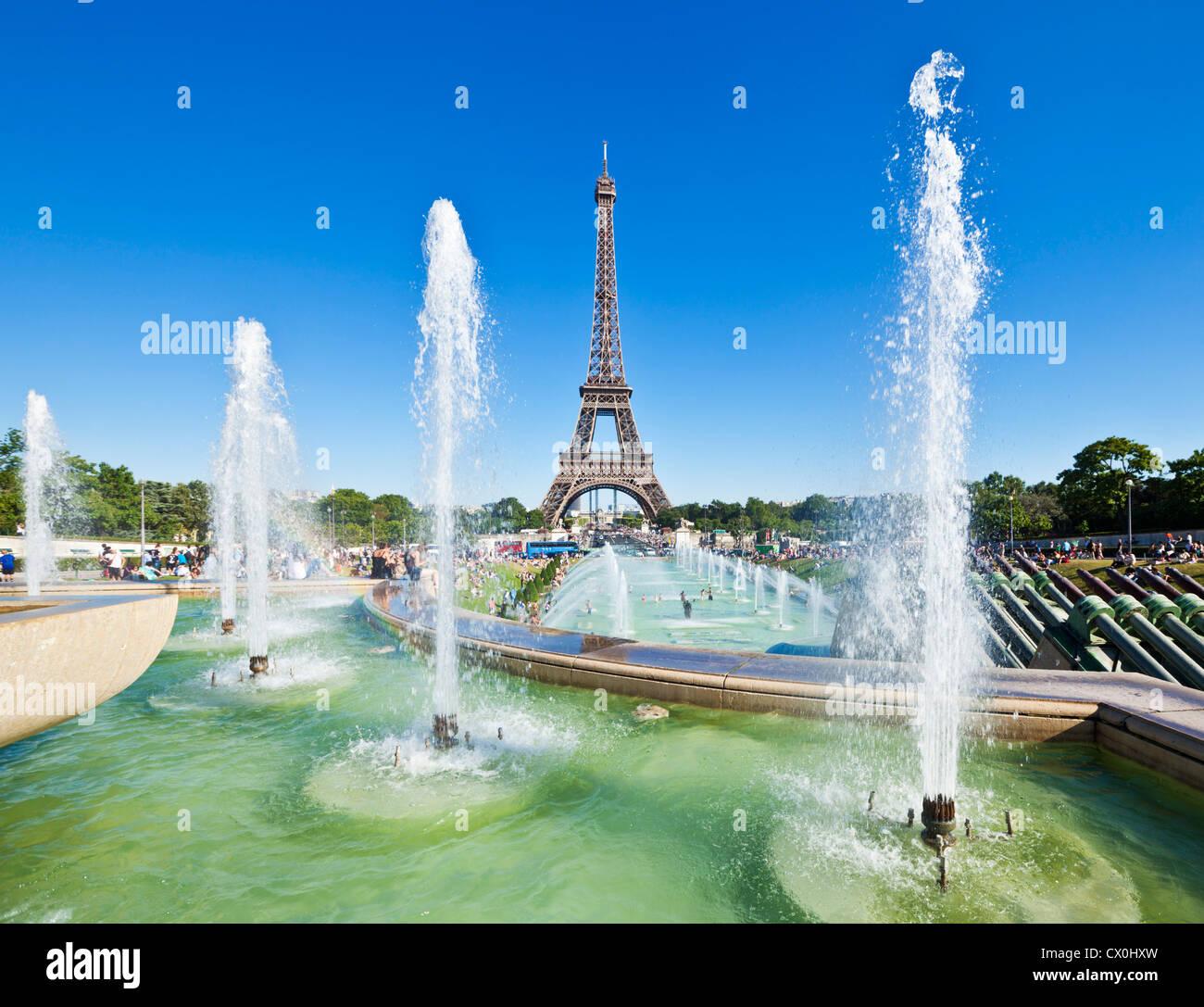 Paris skyline France EU Europe Eiffel tower with trocadero fountains - Stock Image