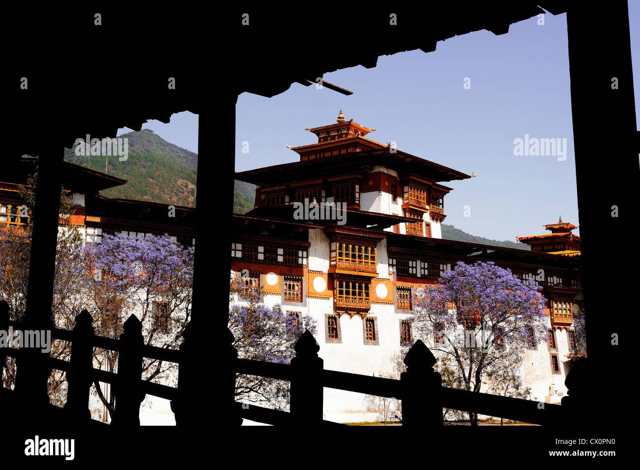The Punakha Dzong, is the administrative centre of Punakha dzongkhag in Punakha, Bhutan - Stock Image