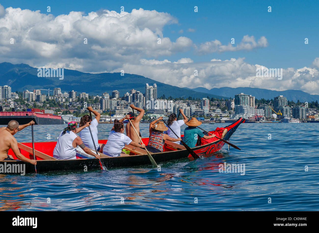 Many People, One Canoe. Salish First Nations, Gathering of Canoes to Protect the Salish Sea, September 1, 2012. - Stock Image