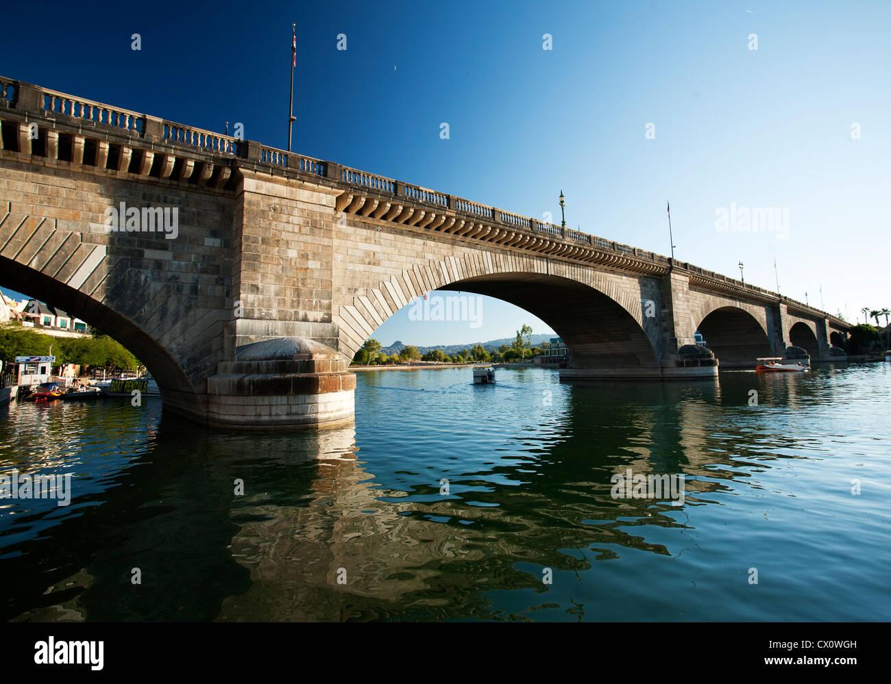 London Bridge In Lake Havasu Az Stock Photo Alamy