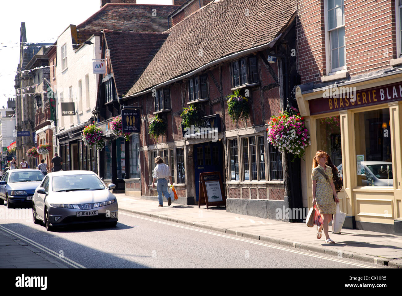 Jewry Street Restaurants And Shops In Winchester Hampshire