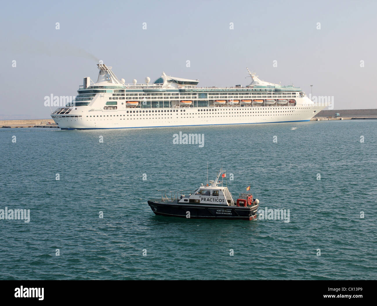 Royal Caribbean International Cruise Line 'Grandeur of the Seas' preparing to depart from the Port of Palma - Stock Image
