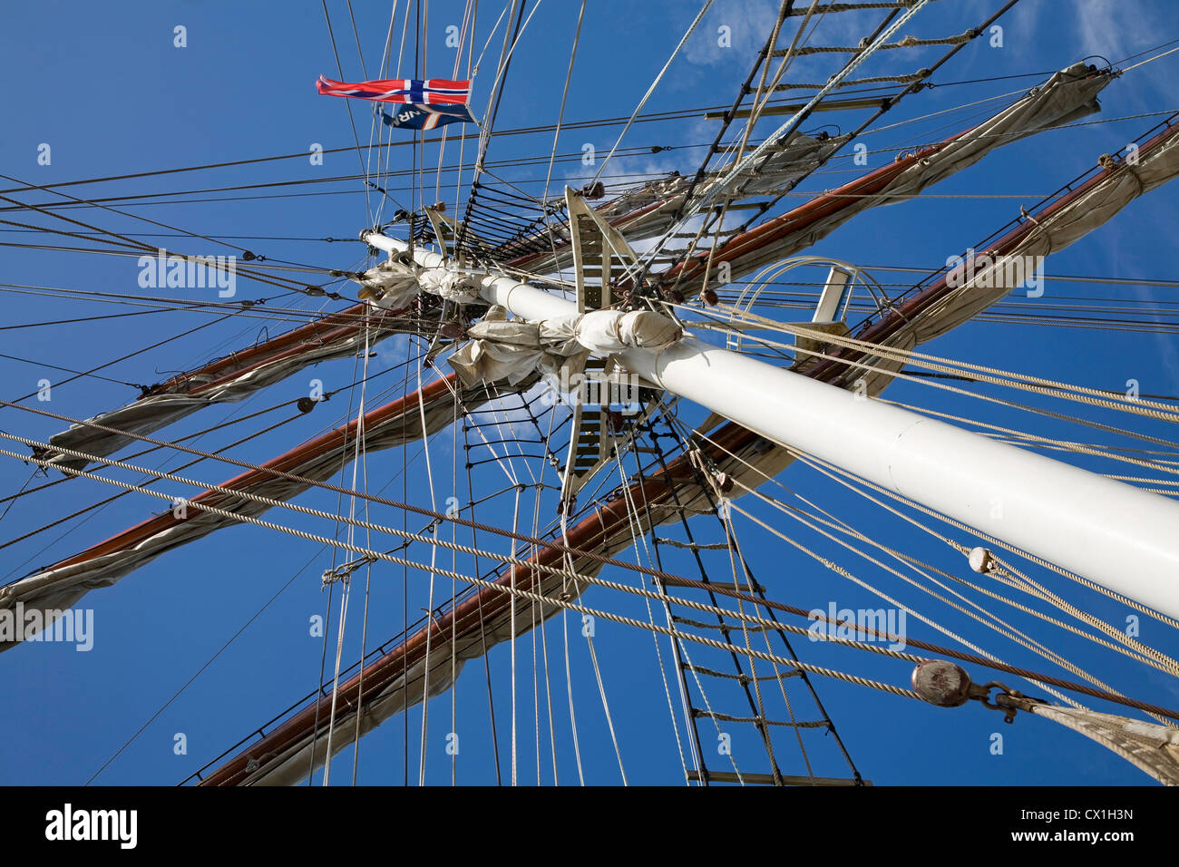 Mast, yards and rigging on board of the tall ship / barquentine Antigua sailing with tourists towards Svalbard, - Stock Image