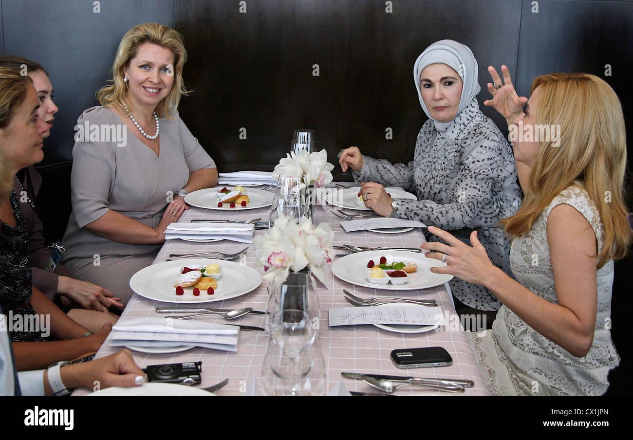 Raza Toronto Restaurant