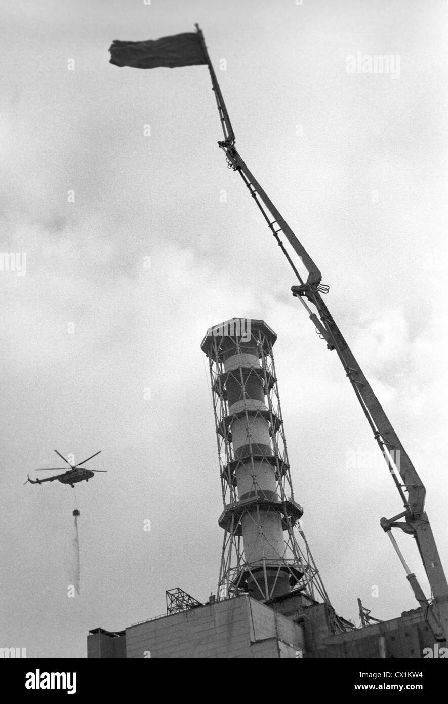 Ukrainian SSR. USSR. Construction of the Chernobyl Nuclear Power Plant sarcophagus over Reactor 4 of the Chernobyl - Stock Image