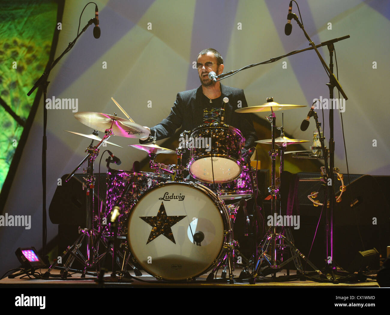 ITAR-TASS: MOSCOW, RUSSIA. JUNE 6, 2011. Former Beatles drummer Ringo Starr performs at Crocus City Hall during - Stock Image