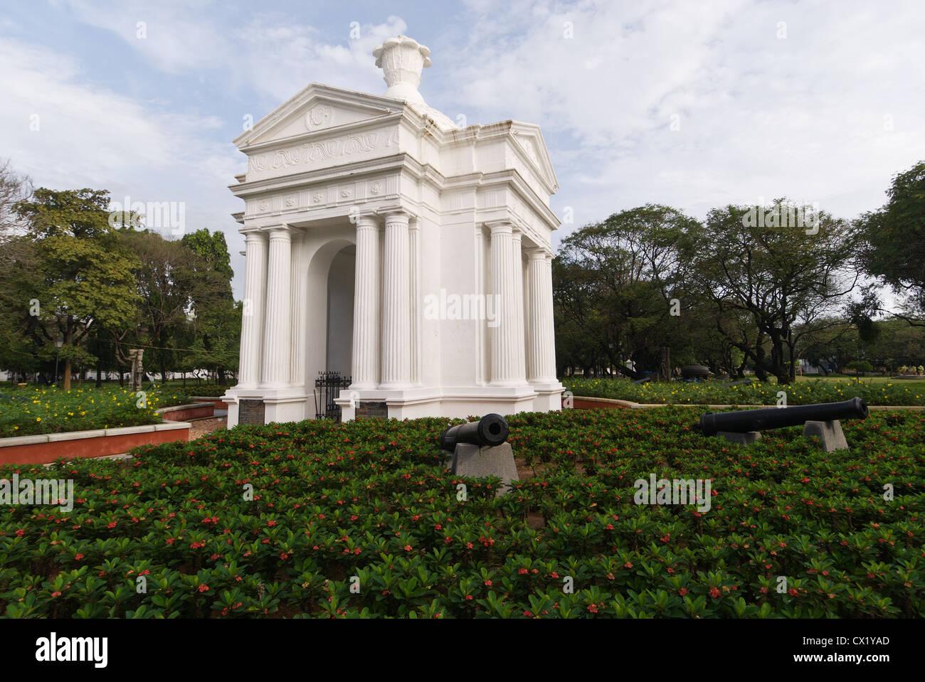 Elk201-4427 India, Tamil Nadu, Pondicherry, Government Square - Stock Image