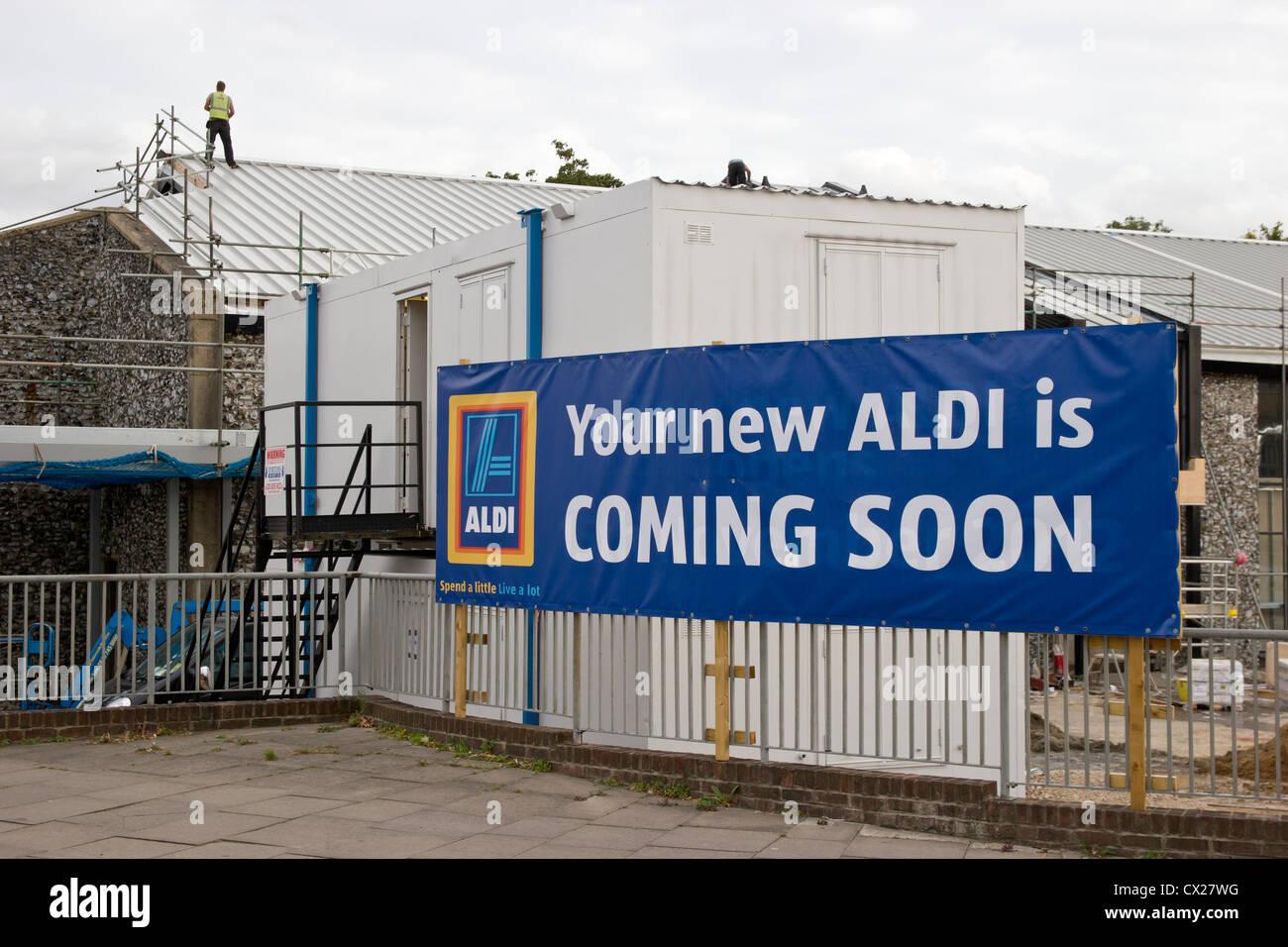 Aldi New Store Opening Soon Stock Photo: 50451900 - Alamy