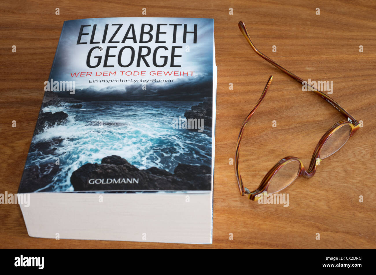 Wer Dem Tode Geweiht (This body of death) by Elizabeth George published in German by Goldmann - Stock Image