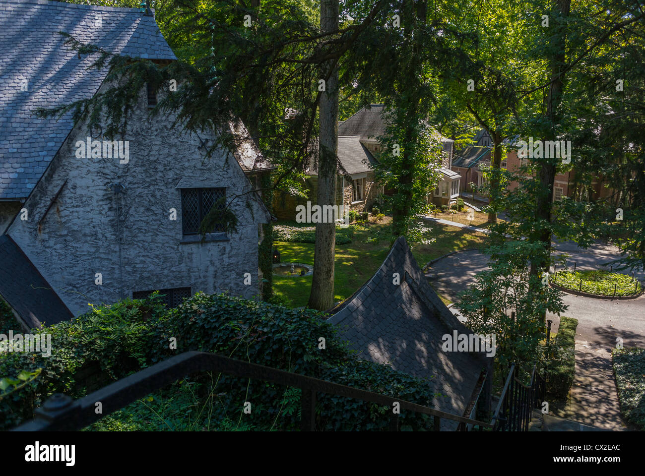 Bronx, New York, NY, USA, Fieldston Historic District, Garden, Street Scene in Exclusive Private Neighborhood 'Wave - Stock Image