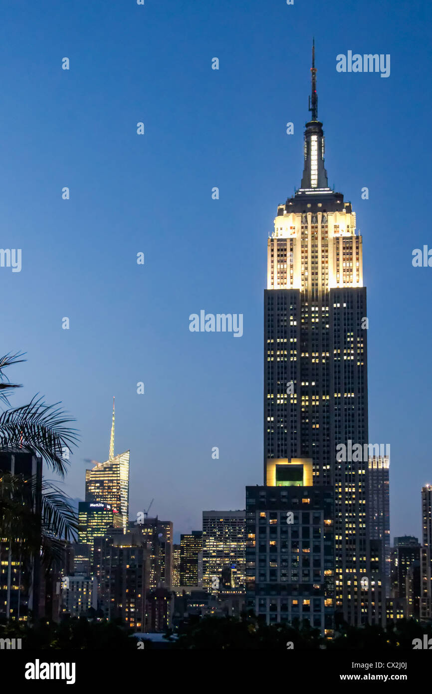 Empire State building, Rooftop Bar 230 Fith Avenue, Manhattan , New York, USA, - Stock Image