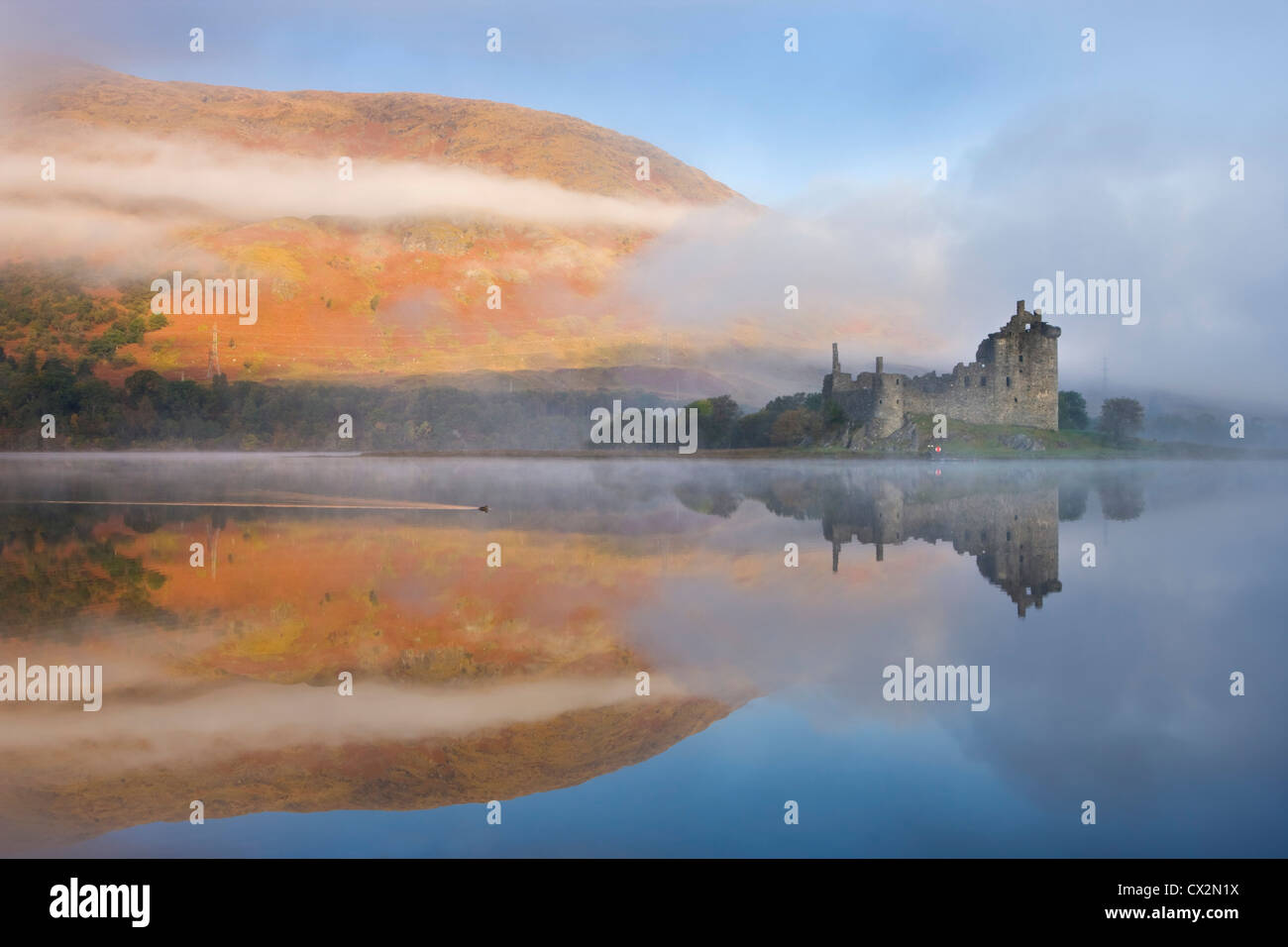 A misty morning beside Loch Awe with views to Kilchurn Castle, Argyll & Bute, Scotland. Autumn (October) 2010. - Stock Image