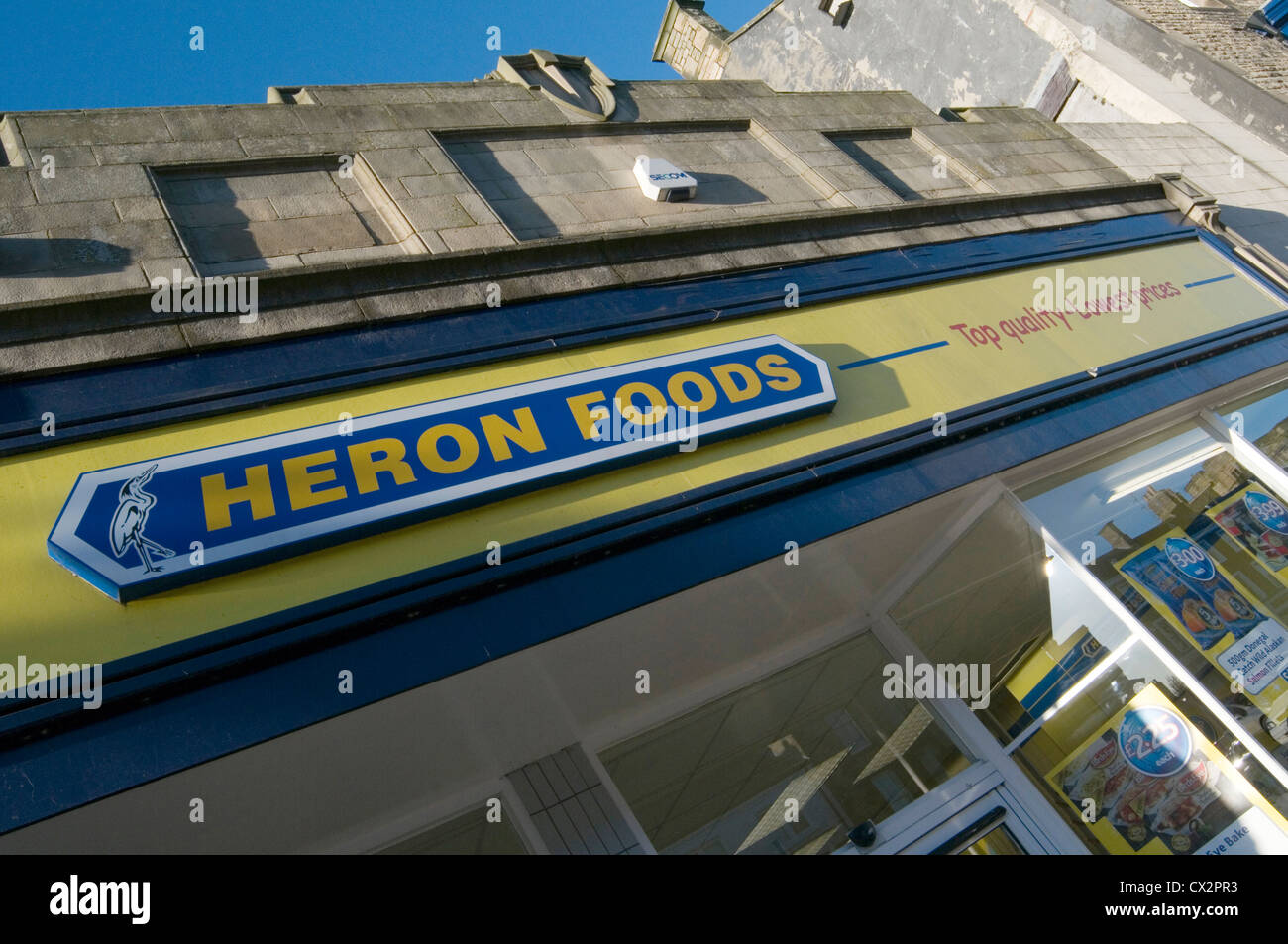 heron foods budget retailer shop shops cheap food supermarket regional chain - Stock Image