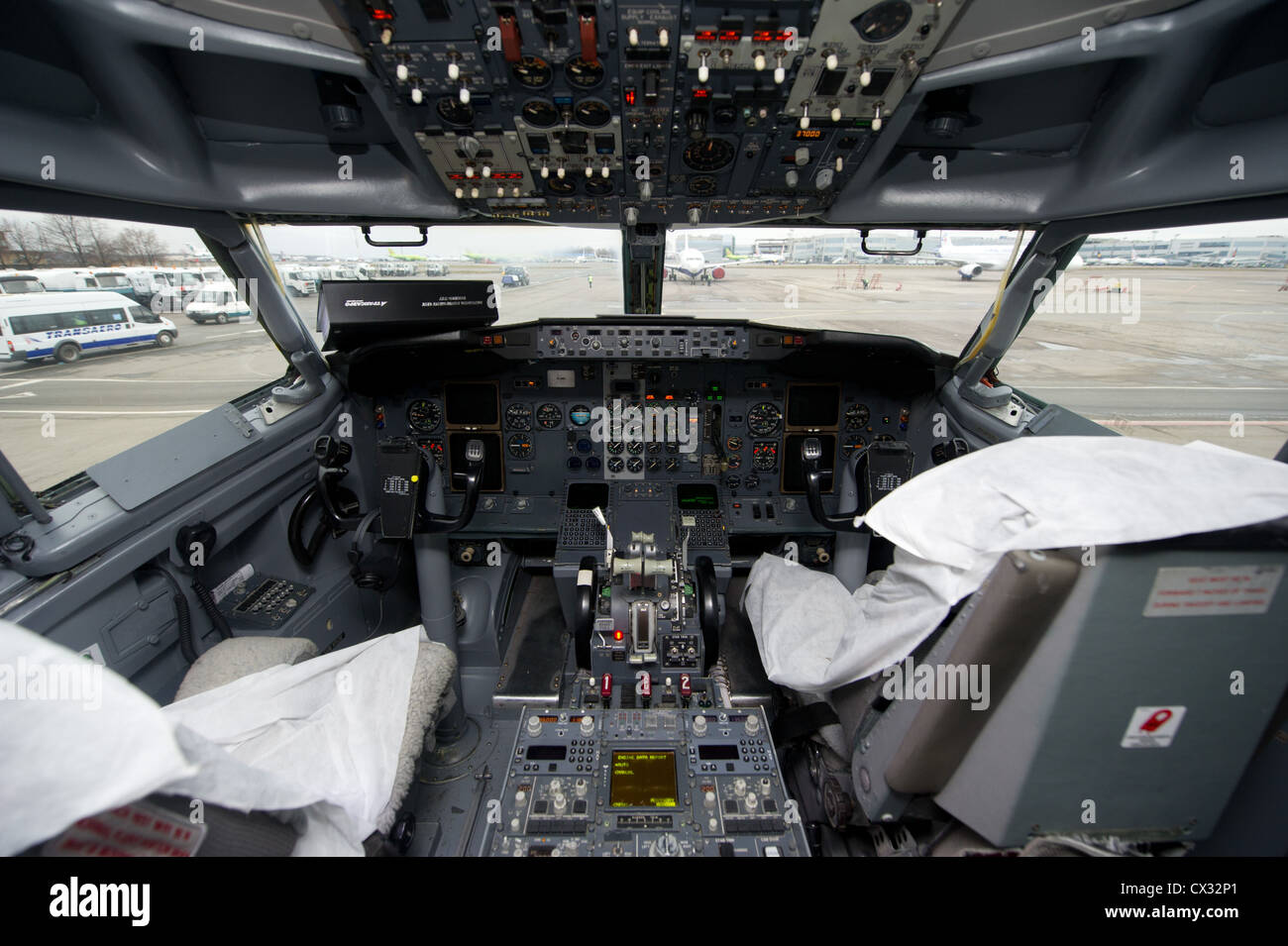 Itar Tass Moscow Russia December 2011 Cockpit In The Deluxe Stock Photo Alamy