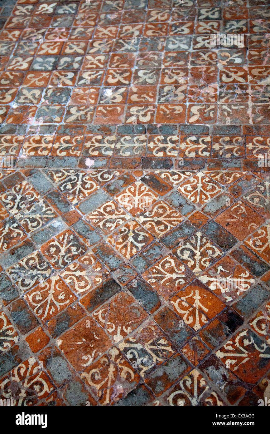 Winchester Medieval Floor Tiles - Hampshire UK Stock Photo: 50475952 ...
