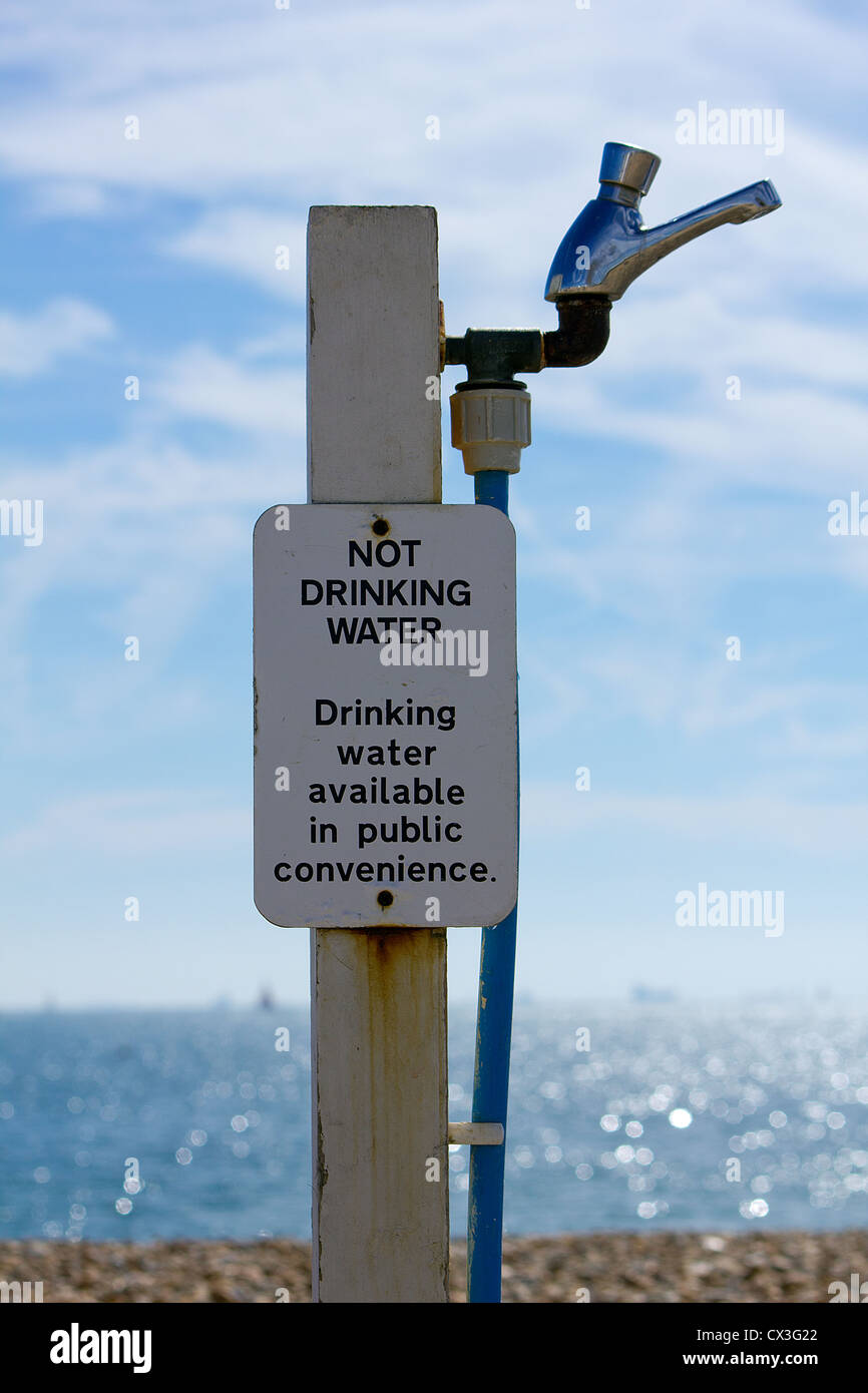 'Not Drinking Water' Sign at Hayling Beach, Hampshire, England UK - Stock Image