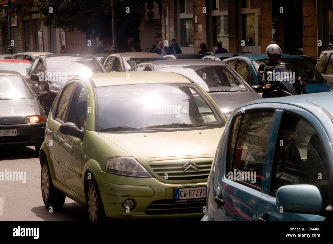 crazy italian traffic jam jams italy small car cars driving in italy city cities sorrento bumper to bumpers busy - Stock Image