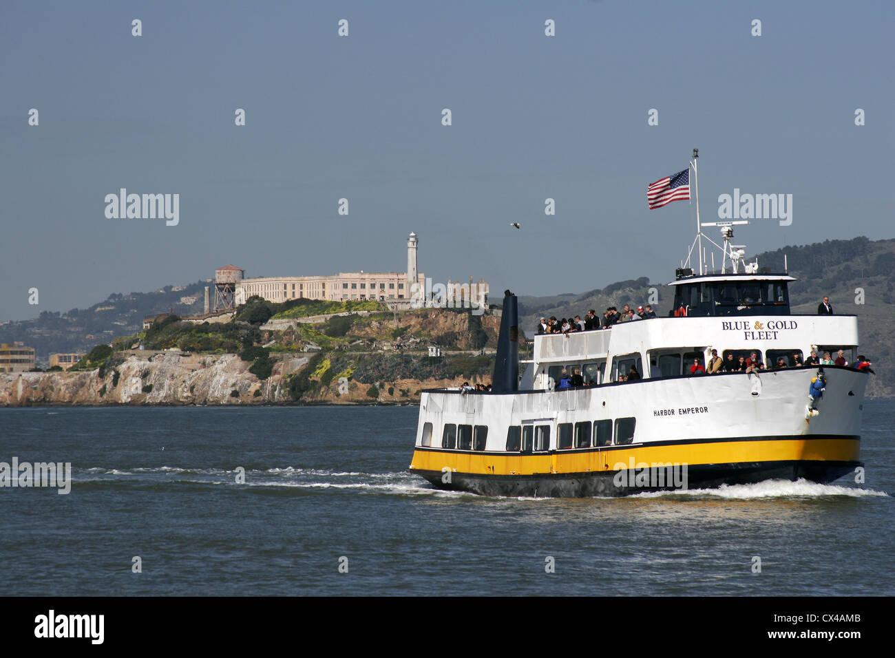 The Alcatraz ferry returns to Fisherman's Wharf. San Francisco, California, USA. - Stock Image