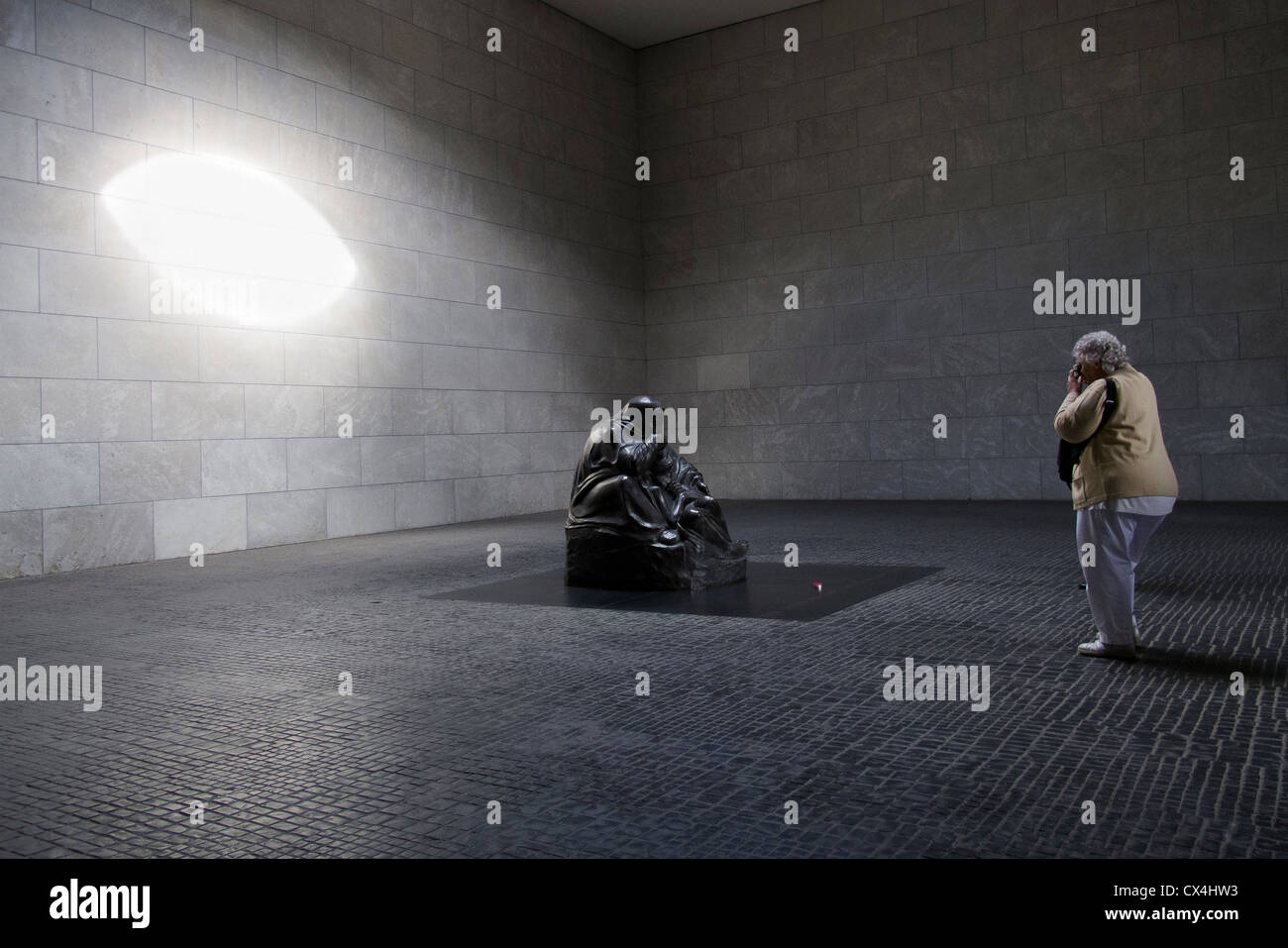 The Neue Wache (New Guard House), now 'Central Memorial of the Federal Republic of Germany for the Victims of - Stock Image