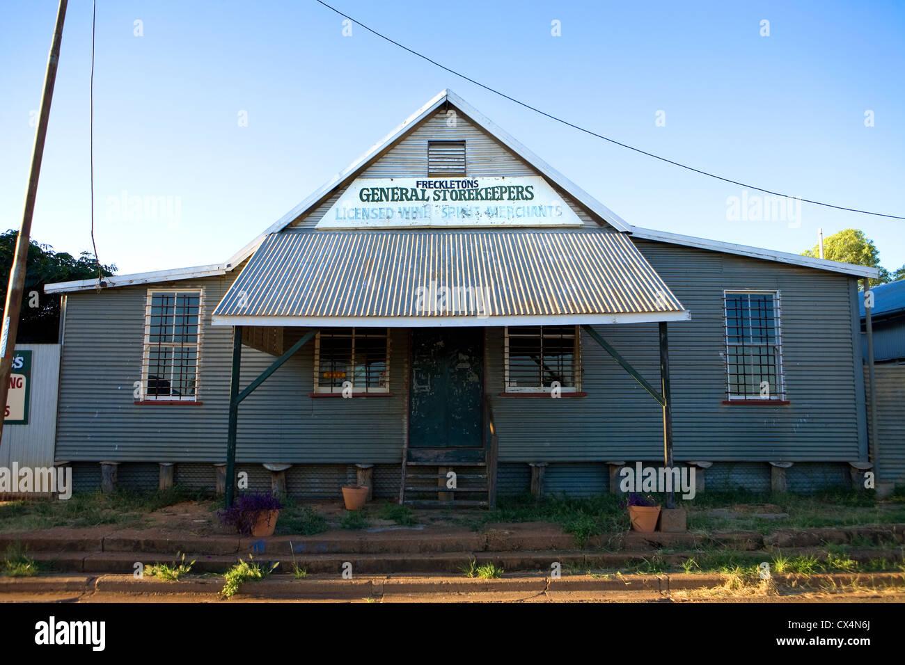 Australia, general store, outback, desert, road, sun, hot, - Stock Image