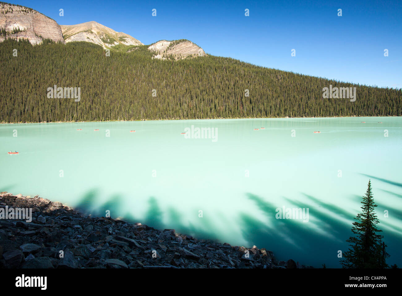 Lake Loise in the Rocky Mountains, Alberta, Canada. - Stock Image