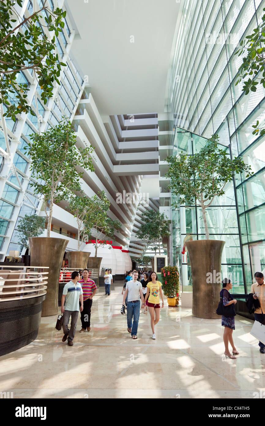 Foyer of the Marina Bay Sands Hotel. Marina Bay, Singapore - Stock Image