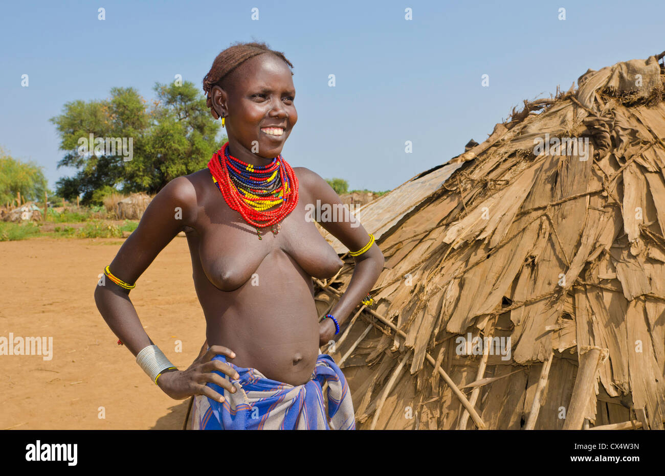 African naked tribe women, full frontal nudity