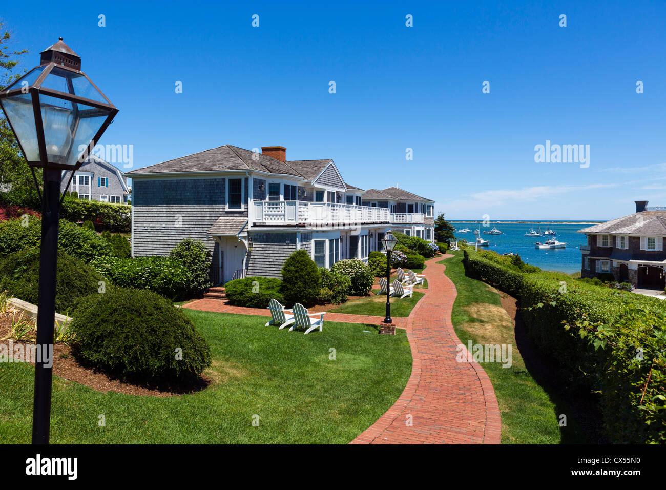 Beachfront apartments in Chatham, Cape Cod, Massachusetts, USA - Stock Image