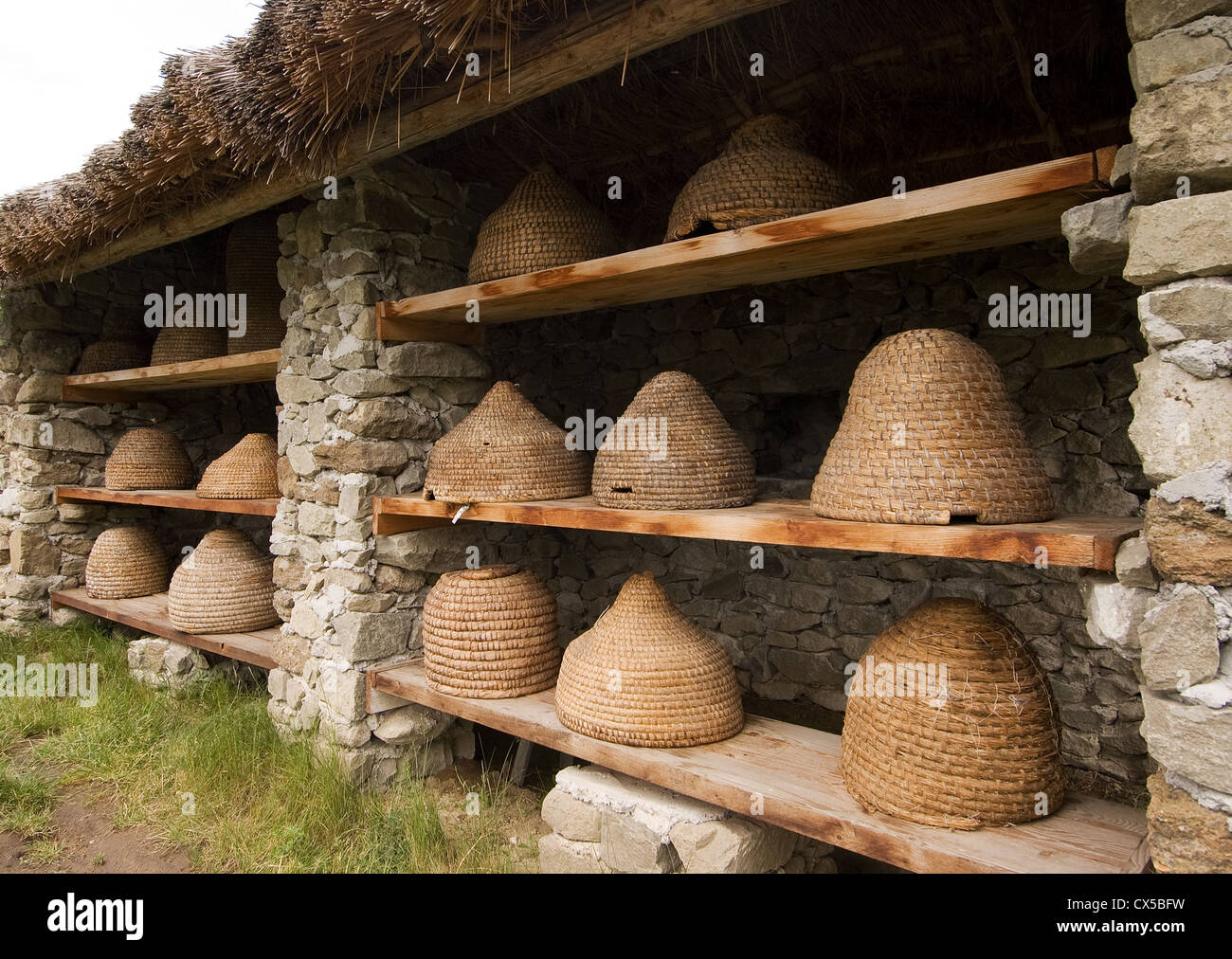 Elk190-2135 Hungary, Szentendre, Open Air Ethnographical Museum, basketry bee hives - Stock Image