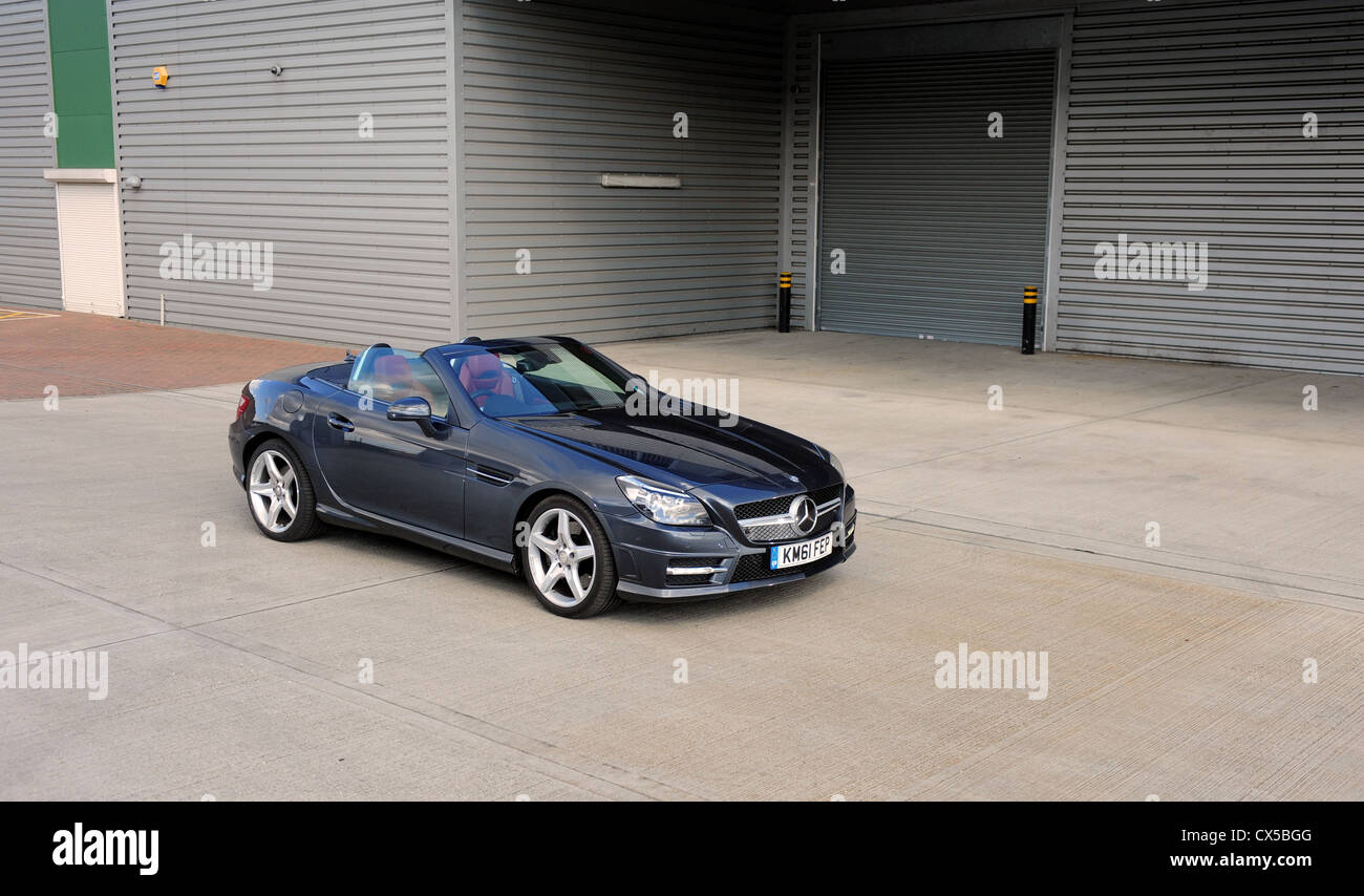 edition slk blueefficiency sport road test cars amg roadster benz cdi tip mercedes auto reviews merc