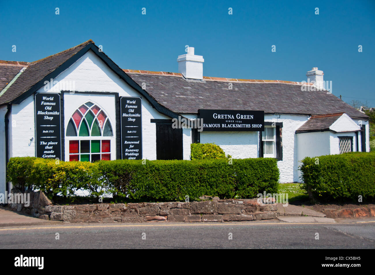 Famous Blacksmith shop, Gretna Green, Scotland. Wedding venue for young eloping couples. - Stock Image