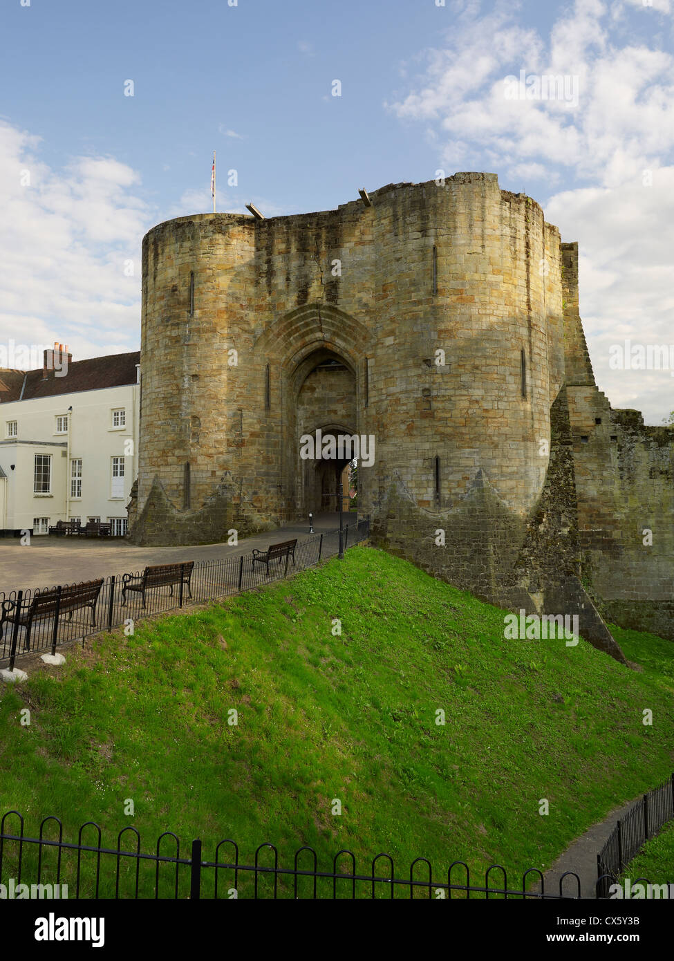 Tonbridge Castle, Kent. The gatehouse - Stock Image
