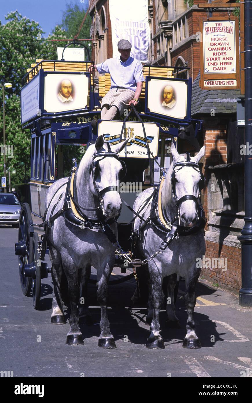 The Shakespearean horse-drawn omnibus, Stratford-upon-Avon, Warwickshire, UK - Stock Image