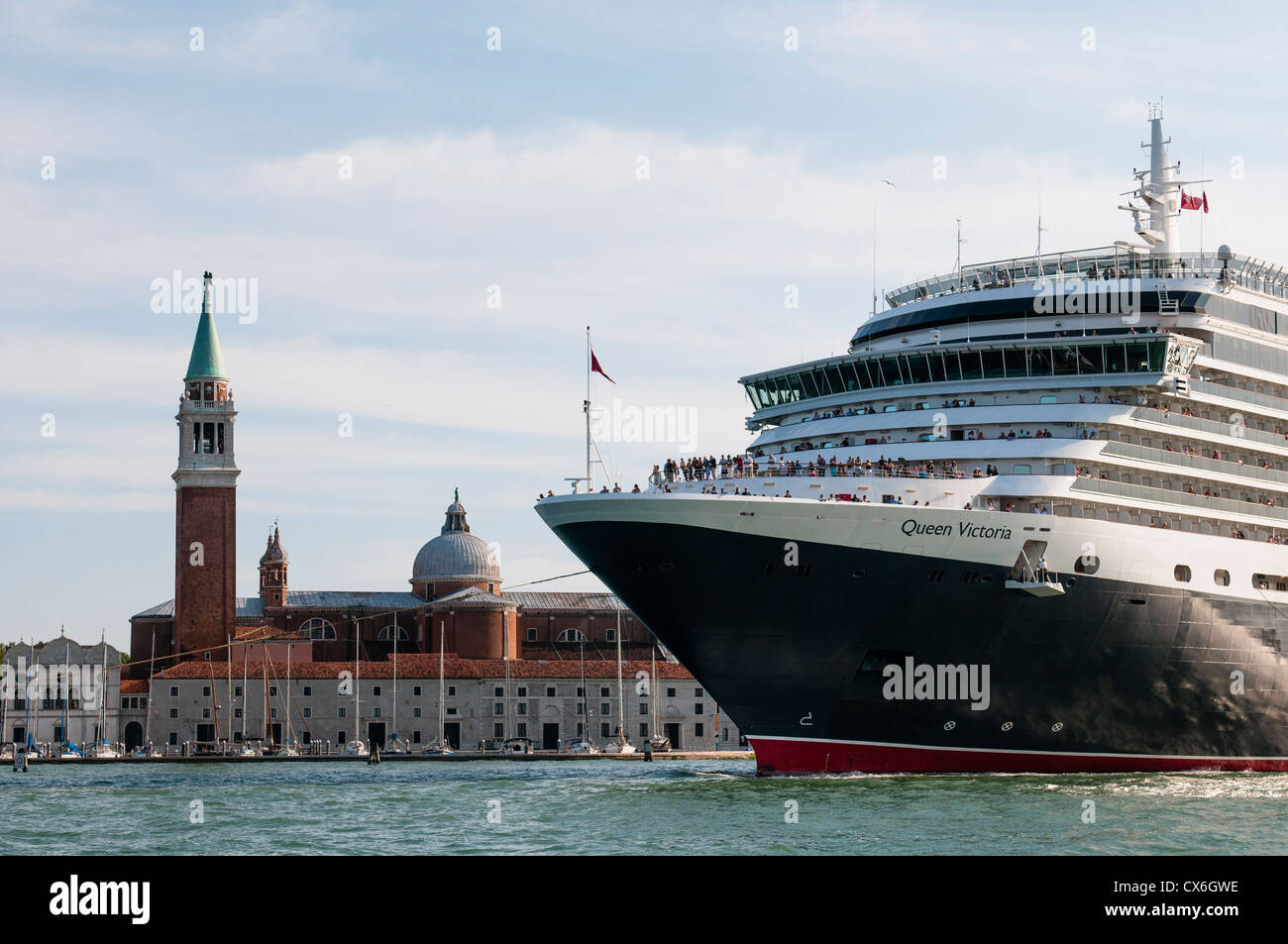 Big Cruise passing by the Saint Mark's Basin in Venice, Italy - Stock Image