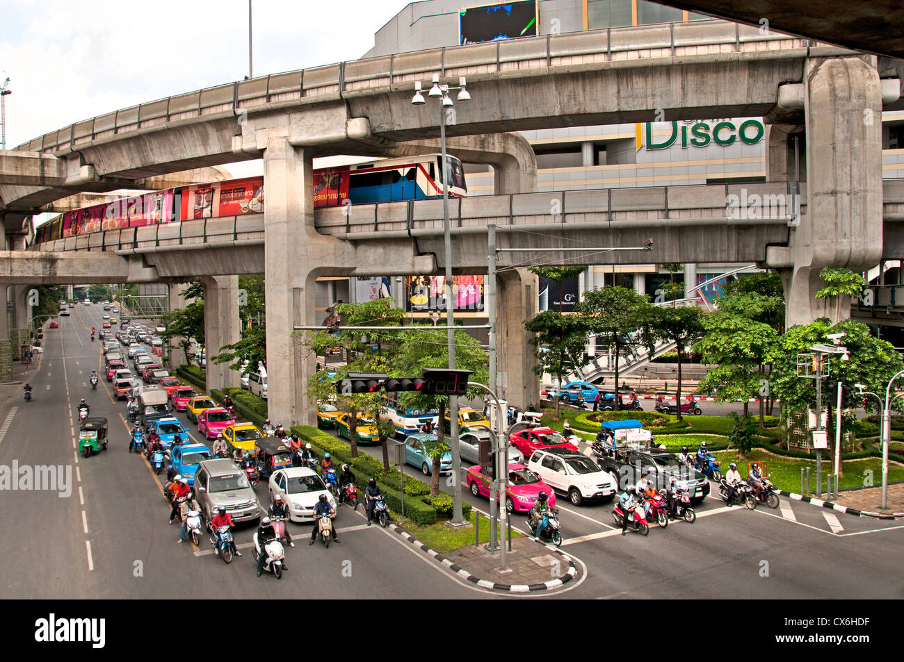 Skytrain crosses Pathumwan Siam Square district Center Bangkok Thailand Thai Stock Photo