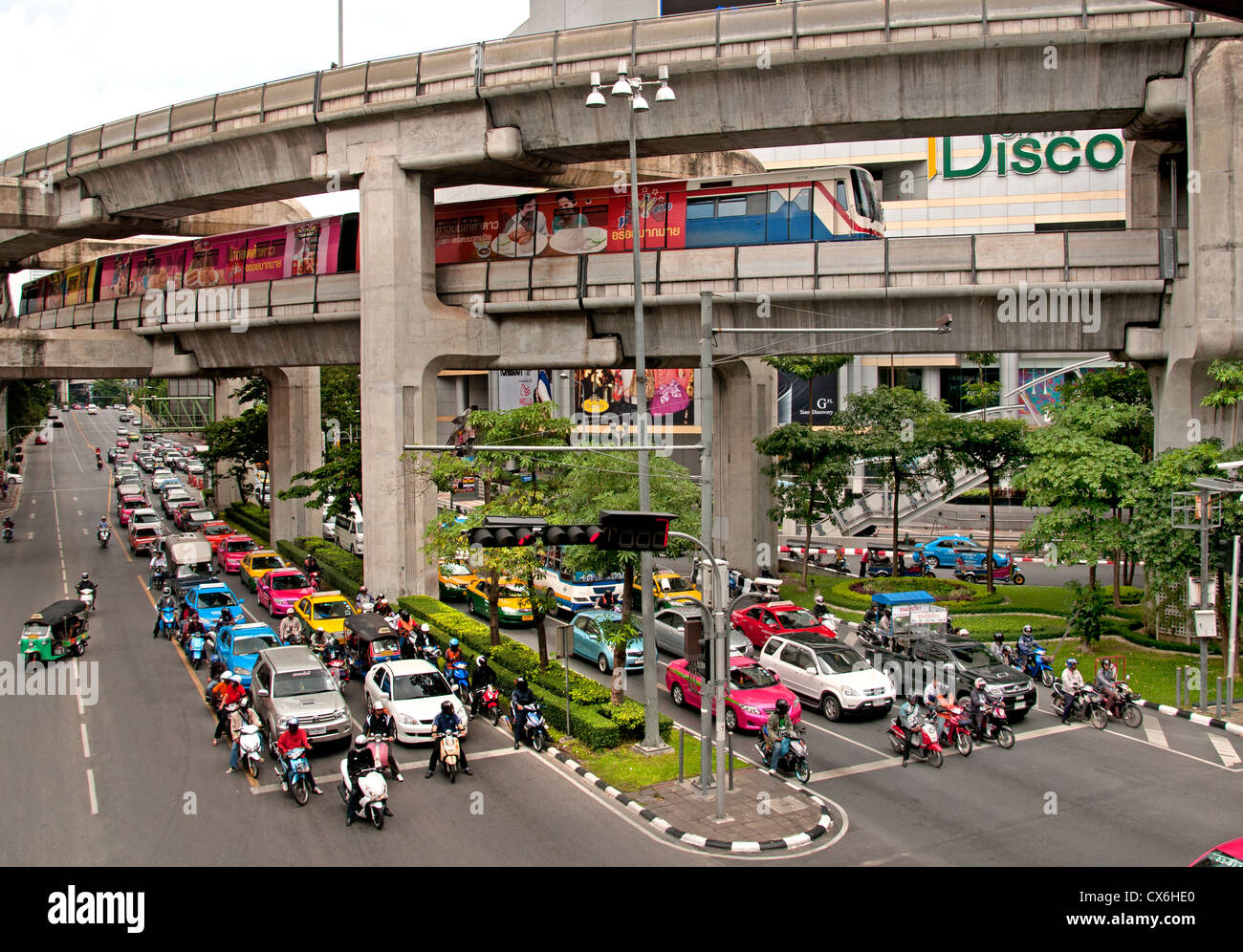 Skytrain crosses Pathumwan Siam Square district Center Bangkok Thailand Thai Stock Photo