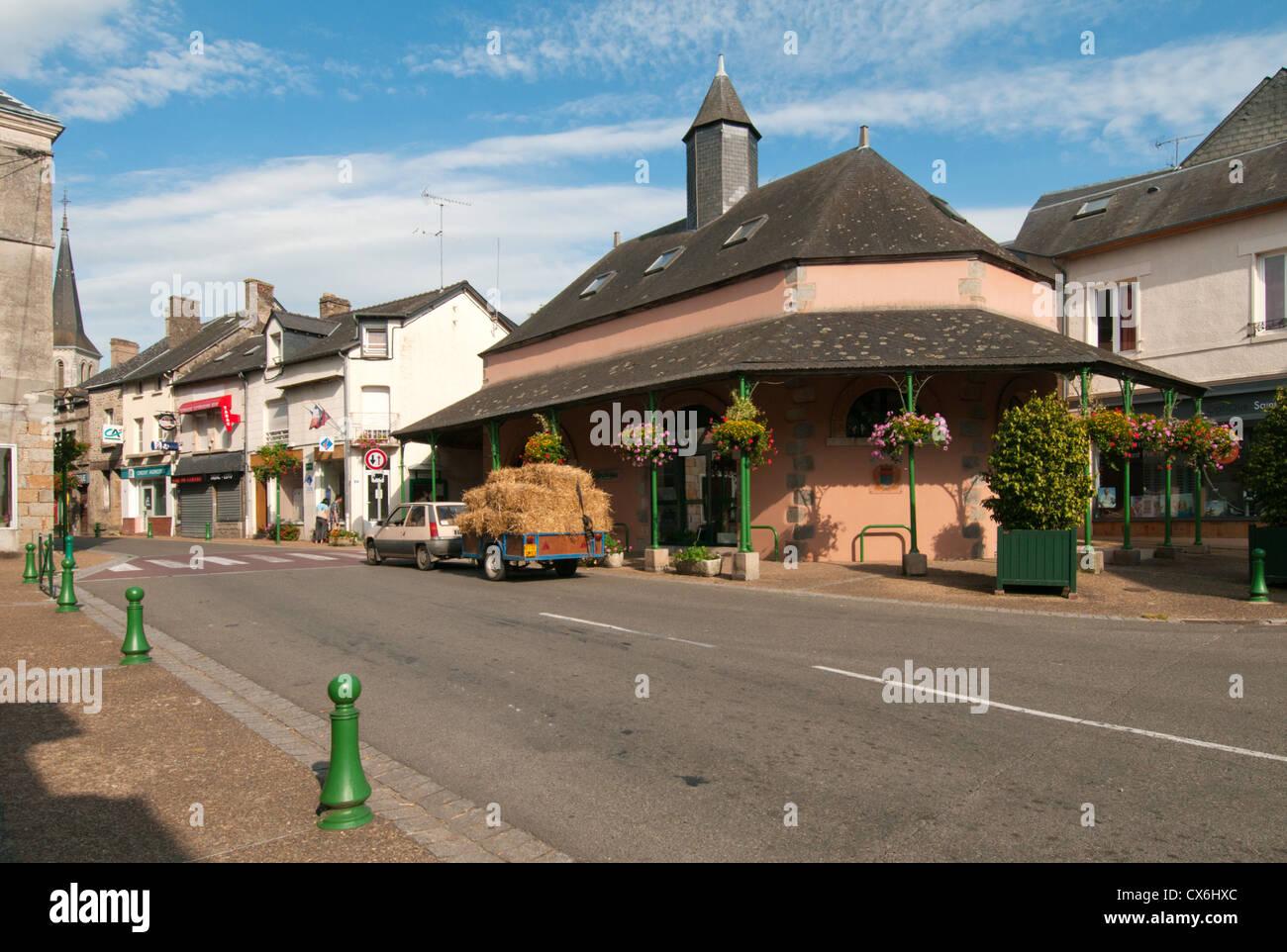 The village of Saint-Pierre-des-Nids, Mayene, Pays de la Loire, France. - Stock Image