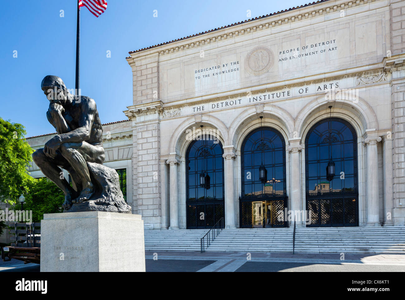 Rodin's sculpture 'The Thinker' in front of the Detroit Institute of Arts, Detroit Cultural Center, - Stock Image